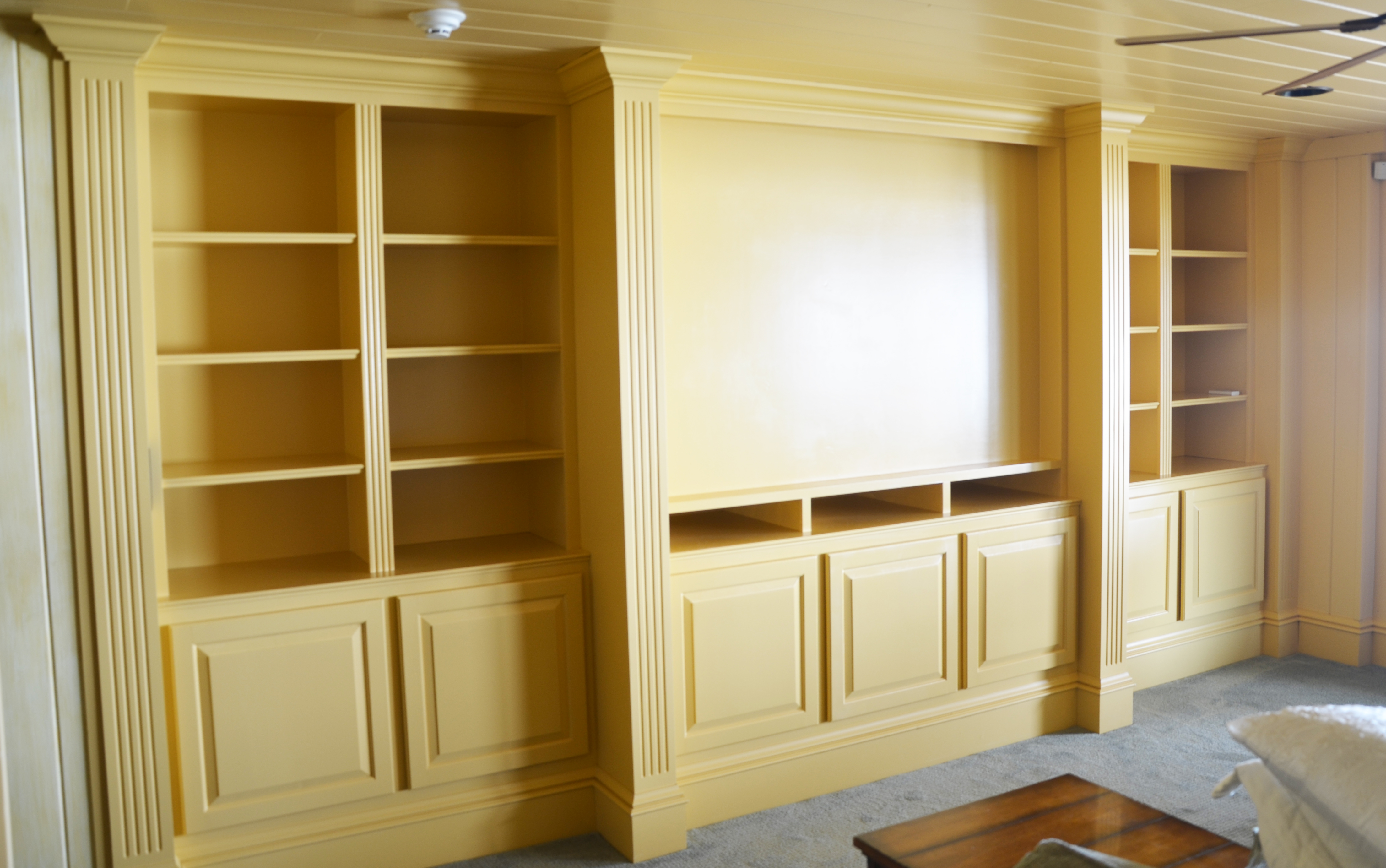 custom built ins and furniture - How To Make Custom Built In Bookshelves